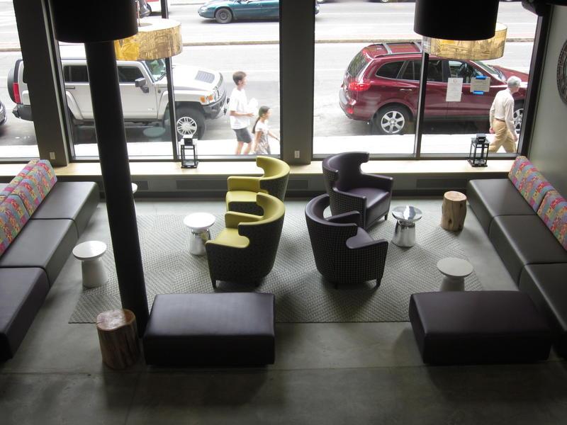 Photo of lobby in Boston hostel, HI-Boston