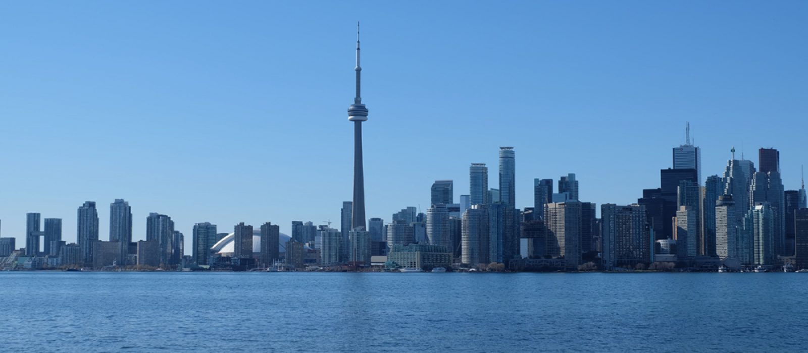 Five Reasons Why You Should Consider Visiting Toronto