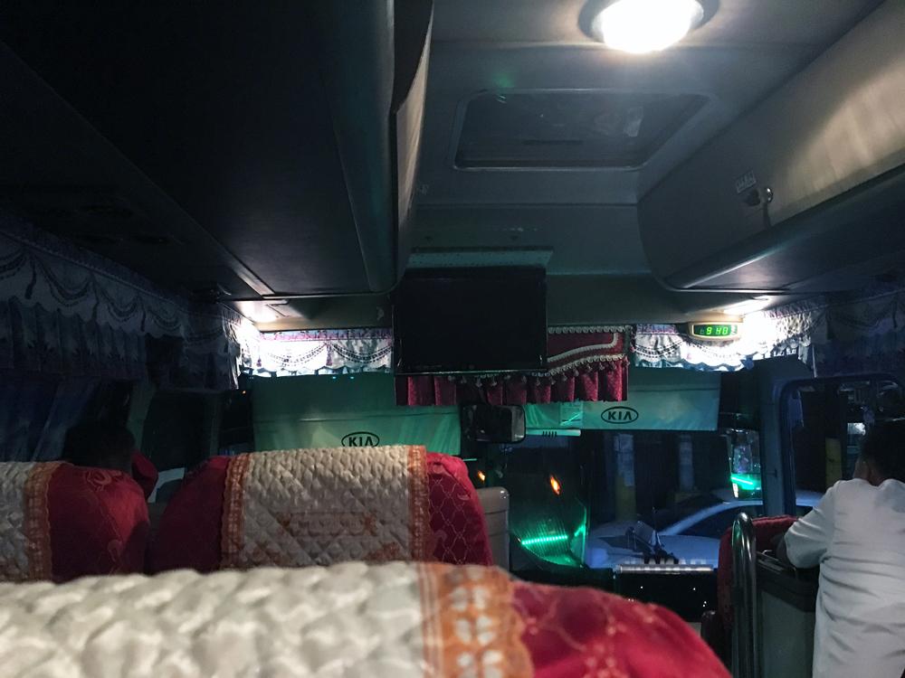 overnight-bus-6